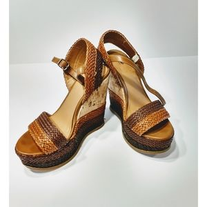 Mossimo Wedge Sandals Size 7.5